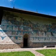 Calator prin Bucovina - Biserica Arbore
