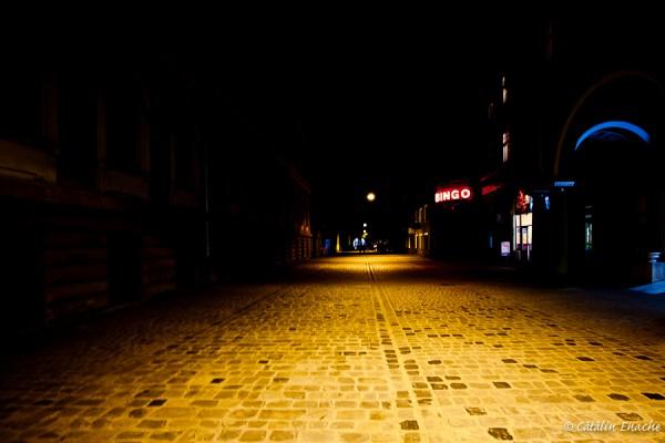 Lumini si umbre in Brasov | Fotografie nocturna | Catalin Enache
