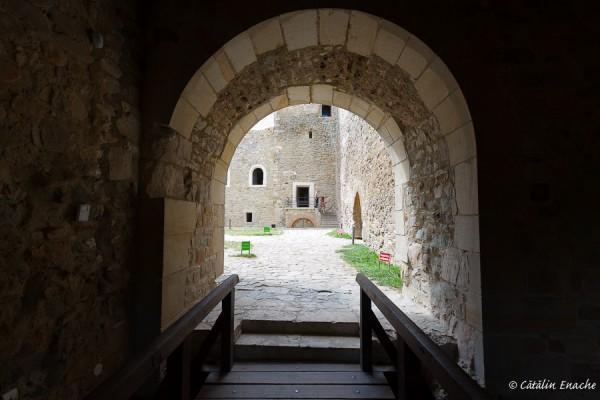 Cetatea Neamtului | Fotografie de arhitectura | Catalin Enache