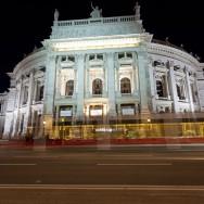 Viena - inghetata, biciclete si istorie - Burgtheater