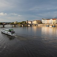 Praga / Prague / Praha - Vltava si podul Carol (Karluv Most)