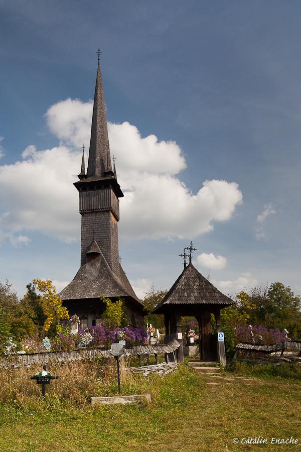 Toamna in Maramures - Biserica din Plopis