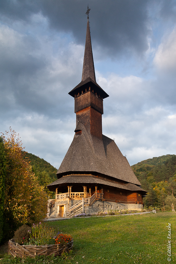 Toamna in Maramures - Manastirea Barsana
