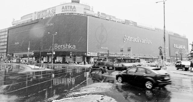 Prima ninsoare din iarna asta, in Bucuresti