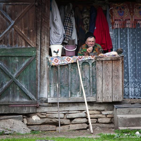 tara-lapusului-oameni-peisaje-biserici-de-lemn-fotograf-catalin-enache-16