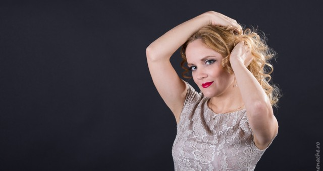 Monica - sedinta foto studio