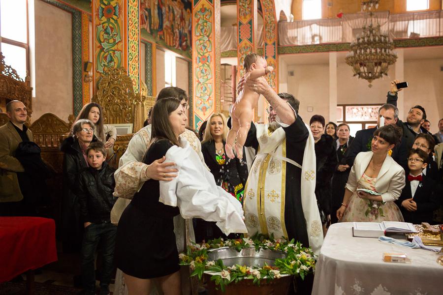 fotografie-botez-ilinca-cununie-cristiana-cristian-fotograf-catalin-enache-038